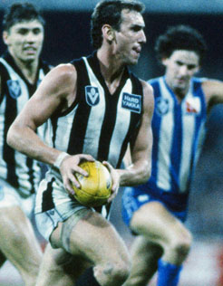 Peter Daicos up against North Melbourne.