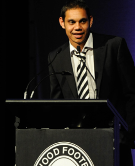 Brad Dick speaks at the 2008 Copeland Trophy night at Crown Palladium after receiving the Phonse Kyne Award.