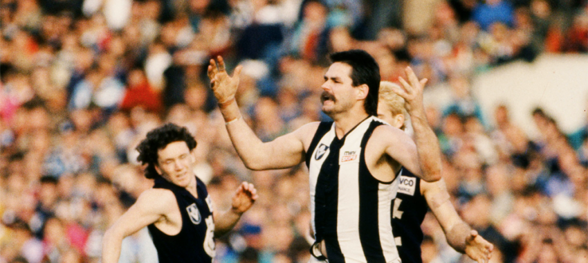 David Cloke shows his frustration on the field during the 1984 VFL match between Collingwood and Carlton.